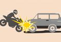 Ciputat Gempar! Motor Gagal Nyalip dan Terjatuh, Pembonceng Terlindas Ban Depan Bus