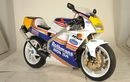 Gokil, Honda NSR250R Pake Livery Rothmans, Dibekali Part Mewah