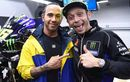 Lewis Hamilton Kecelakaan Saat Geber Yamaha M1 Valentino Rossi