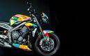Polisi Bingung Mau Nilang, Triumph Street Triple RS Harley Quinn Pakai Warna Gado-gado
