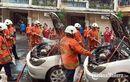 Toyota Camry Mendadak Bau Sangit, Pengemudi Turun, Api Menyembur Dari Mesin