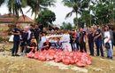 Korban Banjir Lebak Banten Tersenyum, GSX Community Nusantara Bagikan Sembako dan Perlengkapan Sekolah