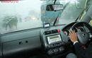 Rawat Rem Cakram Mobil Saaf Musim Hujan, Begini Cara Gampangnya