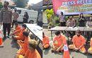 Sadis, Debt Collector Nekat Tabrak dan Keroyok Debitur Yang Menunggak