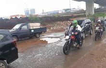 Bikers Celaka Karena Jalan Rusak, Bisa Minta Ganti Rugi Ke Pemerintah, Nih Penjelasannya