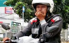Menegangkan, Video Dua Pemotor Adu Mulut Gara-gara Merokok Sambil Naik Motor