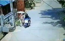 Kapok, Video Jambret Bermotor Ambil Tas Ibu-ibu Terekam CCTV, Langsung Terciduk