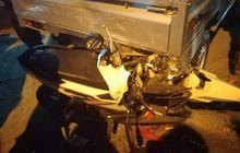 Pondok Gede Mencekam, Honda Vario Berantakan Diseruduk Angkot, Mobil Pikap Ikut Penyok Bodi