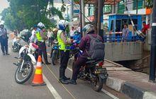 Hati Hati Bro, Mulai Hari Ini Pengendara Yang Melintas di Jalur Sepeda Dikenakan Sanksi Tilang