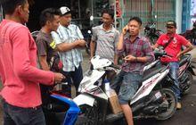 Tanah Abang Geger, Seorang Pemotor Diberhentikan Kumpulan Debt Collector, Kunci Motor Dirampas di Tengah Jalan