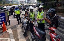 Tidak Hanya Polisi, Masyarakat Umum Juga Bisa Menilang Pelanggar Lalulintas, Caranya Mudah dan Dapat Bayaran?