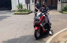 Wuih, Artis Cantik Nia Ramadhani Tiba-tiba Ingin Bisa Naik Motor, Langsung Belajar Pakai Yamaha NMAX, Cuy!