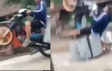 Pusing Dagangan Sepi Tukang Cilok Atraksi, Awalnya Gaya Ujungnya Ambyar Gak Berdaya, Netizen: Bakal Diomelin Istri Nih