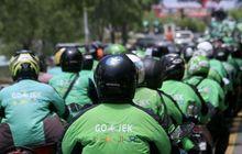 Bikin Heboh, Driver Ojol Geber Motor Mirip Harley-Davidson di Jalanan Macet, Warganet: Sekali Geber Seliter