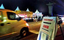 Lancar Pemudik Asal Brebes Tegal dan Pemalang Tanpa SIKM Lolos Masuk Jakarta Melalui Proses Pemeriksaan di Check Point Penyekatan