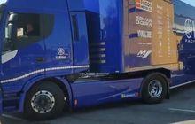 MotoGP 2020 Mulai, Truk Kontainer Yamaha dan Aprilia Menuju Jerez