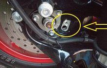 Kocak Para Pemilik Yamaha NMAX Tidak Banyak yang Tahu Lubang Kecil Ini Fungsinya Vital