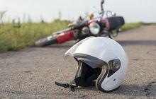 Adu Banteng Dengan Pickup, Pengendara Honda Beat Luka Parah,Darah Keluar di Hidung dan Telinga