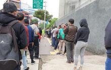 Jalanan Macet, 11 Ribu OrangUrus TilangOperasi Patuh Jaya 2020, Antriannya Mengular Hingga 1 Km