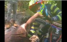 Viral Video Mesum Pemotor Trail Sentuh Kemaluan Cewek Berkemben, Warganet Geram Liatnya