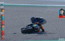 Live Report, Adik Valentino Rossi dan Fabio Di Giannantonio Crash di Moto2 Aragon