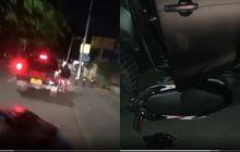 Gubrak! Video Honda BeAT Anggota Geng Motor Dipepet Mobil Polisi Sampai Masuk Kolong, Pelaku Sempat Buang Sajam
