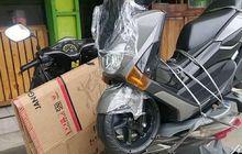 Pemotor Langsung Melongo! Motor Matic Ini Sanggup Angkut Yamaha NMAX, Tapi Kok Rodanya Empat?