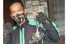 Kenalin Nih Bro, Driver Ojol Penyapu Ranjau Paku Jalanan Jakarta