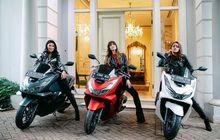 Artis Cantik Nia Ramadhani Belikan Dua Asistennya Motor Honda PCX 160