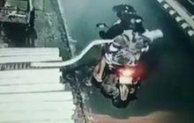 Bandel Banget, Terekam CCTV Pemotor Curi Tempe Sepanjang 2 Meter