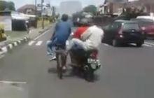 Kocak, Pemotor Diduga Mabok Miras Goyang Oleng Tendang Pesepeda