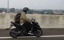 Bikin Heboh, Pemotor Honda Vario Masuk Tol, Netizen: Bismillah Mudik