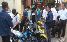 5 Cara Hadapi Debt Collector Sok Jagoan, Gak Takut Lagi Dicegat di Jalan