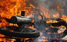 Mencekam, Motor Polisi Ludes Terbakar, Rumah Dilempar Bom Molotov Orang Tak Dikenal
