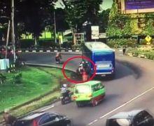 Street Manners: Jangan Sampai Terlindas Mobil, Pemotor Harus Paham Teknik Menyalip dari Sebelah Kiri