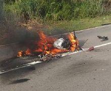 Ngeri! Video Honda CBR250RR Dilalap Api Setelah Tabrak Tiang Lampu Jalan, Sampai Gak Tersisa