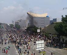 Banyak Aksi Demo, Motor Ojek Online dan Warga Malah Blokade Jalan Cideng Timur, Ini Alasannya Bro
