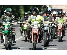 Viral! Video Polisi dan Tentara Surabaya Patroli Gabungan, Naik Beragam Motor Trail