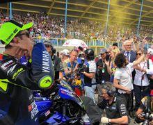 Sedih, Fans Valentino Rossi Kecewa, Suruh Jualan Merchandise Saja Daripada Balap MotoGP