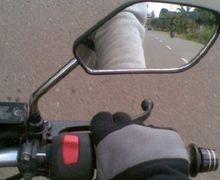 Street Manners: Sering Diabaikan, Motor Tanpa Kaca Spion Pengendaranya Bisa Dipenjara 1 Tahun