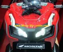 Headlamp Sipit, Speedometer Full Digital dan Sokbreker Showa, Intip Kemewahan Honda X-ADV 150