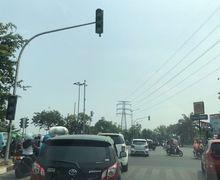 Akibat Listrik Padam, Lalu Lintas di Jakarta Semrawut, Pemotor Pilih Lewat Jalan Tikus