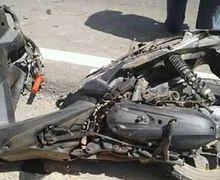 Warga Berhamburan, Bodi Honda Vario Terkelupas Adu Banteng Lawan Mobil, Pemotor Tewas di Lokasi