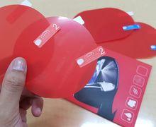 Bisakah Kaca Helm Di Pasang Stiker Film Anti Air Kaca Spion?