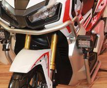Pasang Fog Lamp di Skutik Adventure Honda ADV150 Tanpa Coak Bodi Bro