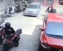 Tamu Kondangan Harus Waspada, Gak Sampai 1 Menit Kawanan Maling Gasak Honda BeAT