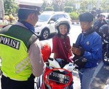 Gelar Razia Ketemu Motor Pakai Pelat Nomor Paling Cantik di Indonesia, Anggota Polisi Sampai Gak Bisa Ngomong