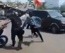 Debt Collector Gak Berkutik Terkapar di Aspal Dikejar Polisi, Nekat Rampas Motor Penunggak Kredit