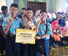 Keren Banget, Tiga Siswa SMP Berhasil Membuat Alat Pengaman Motor, Tidak Bisa DIpakai Kalau Tidak Punya SIM atau e-KTP