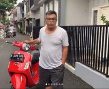 Mulia Banget, Artis Sekaligus Komedian Abdel Achrian Jual Motor Vespa GTS 150, Hasilnya Disumbangkan Untuk Tenaga Medis, Cuy!